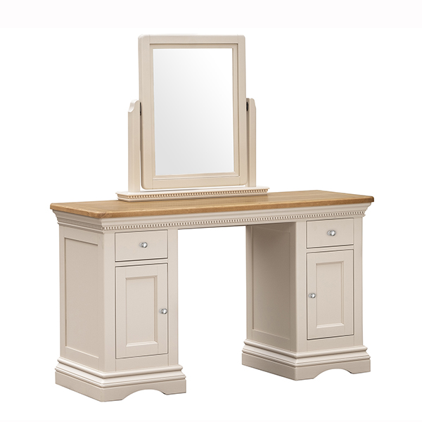 Winchester - Dresssing Table